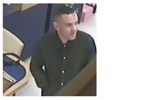 Hull: Can you ID this man?